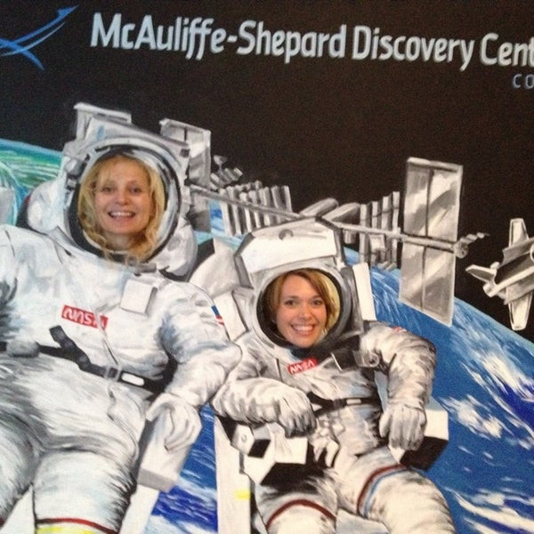 Photo taken at McAuliffe-Shepard Discovery Center by Erica P. on 9/13/2014