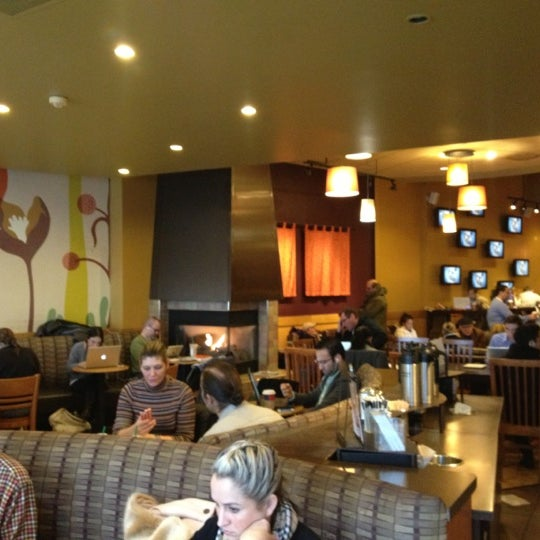 Photo taken at Starbucks by John R D. on 11/25/2012