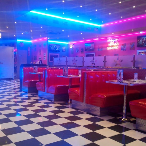 memphis coffee reims cormontreuil american restaurant in cormontreuil. Black Bedroom Furniture Sets. Home Design Ideas