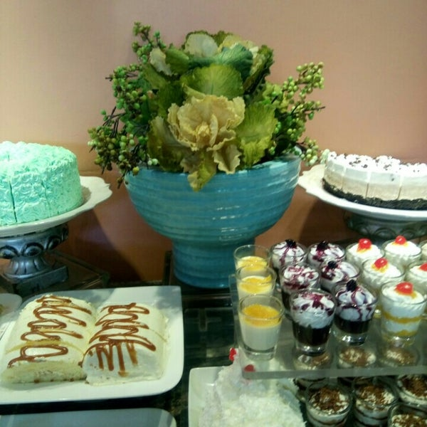 Photo taken at Love Desserts by Marc D. on 3/30/2016