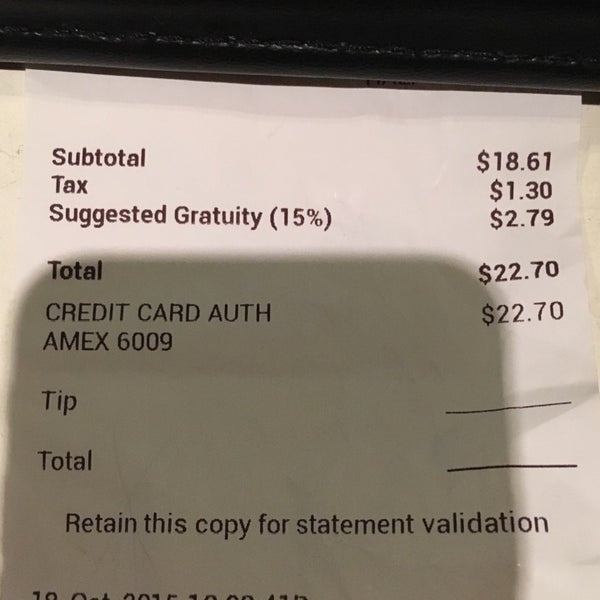 No wonder staff doesn't care about anything bar auto grats the tab. I would've tipped way more, this is stupid!