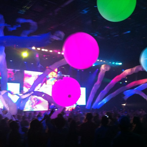 Photo taken at Blue Man Group at Universal CityWalk by Graco S. on 4/17/2013