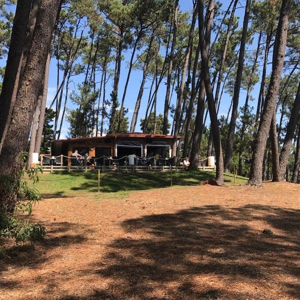 Foto tomada en Gassho Sanxenxo Lounge Bar-Café por Milton N. el 8/28/2017