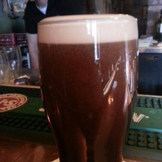 Foto tomada en Hurley's Irish Pub por Francois L. el 2/2/2013