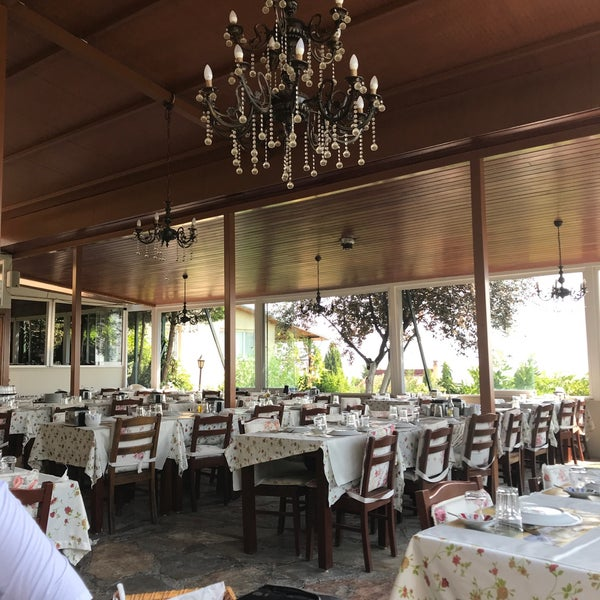 9/2/2018 tarihinde Zuhal U.ziyaretçi tarafından Köyüm Bahçe Restaurant'de çekilen fotoğraf