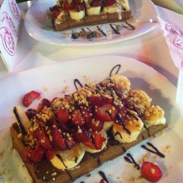 8/2/2013 tarihinde Merve G.ziyaretçi tarafından Waffle Edem 46'de çekilen fotoğraf