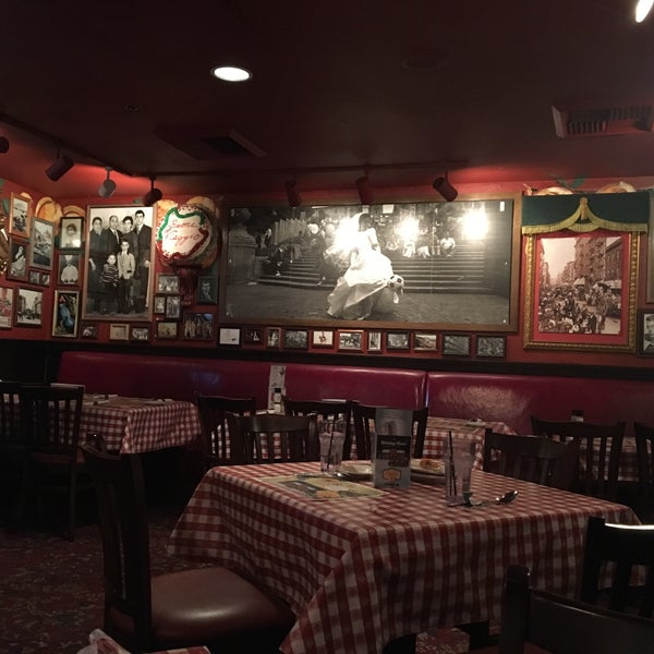 Photo taken at Buca di Beppo by Zühal E. on 1/3/2016