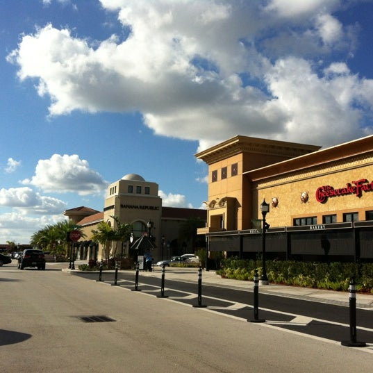 The Shops at Pembroke Gardens, Pembroke Pines, Florida. 12, likes · talking about this · 61, were here. Come for the shopping and dining /5().