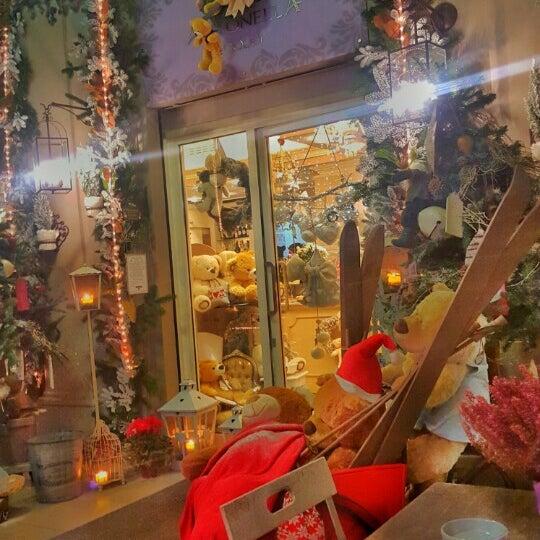 12/12/2015에 Katerina K.님이 Antonella Dolci e Caffé에서 찍은 사진
