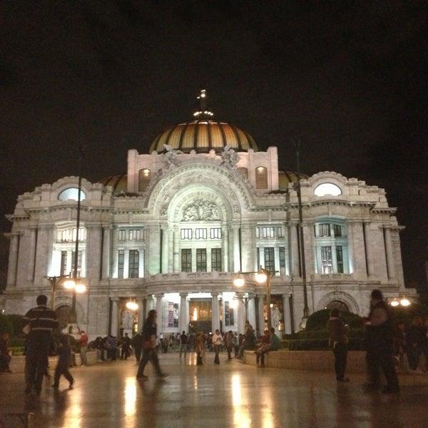 Foto tomada en Palacio de Bellas Artes por Luis S. el 7/27/2013