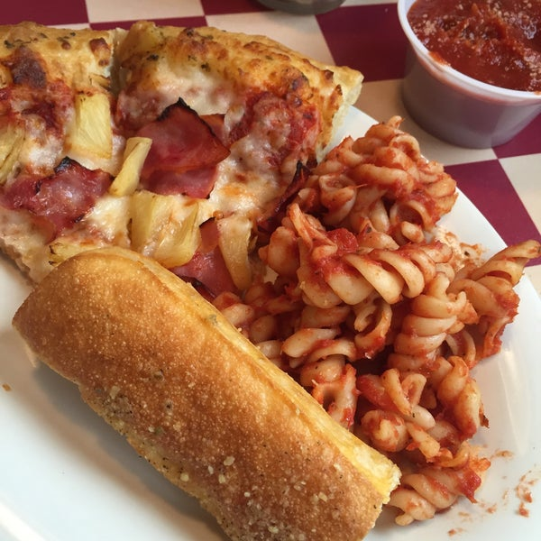 Izzy's Pizza & Buffet - Eastport - SE 82nd Ave, Portland, Oregon - Rated based on 13 Reviews