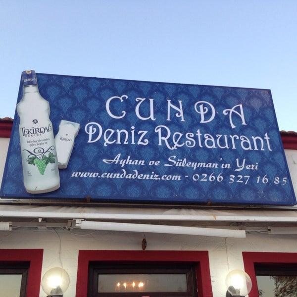 9/8/2013 tarihinde Fatoş D.ziyaretçi tarafından Cunda Deniz Restaurant'de çekilen fotoğraf