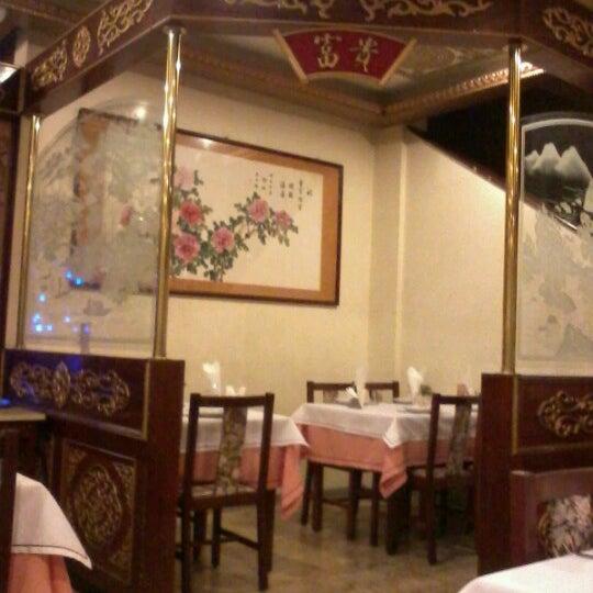 Para quem gosta de comida chinesa e um ambiente tranquilo. Atendimento excelente e pratos preparados com muito capricho. Recomendo. :)