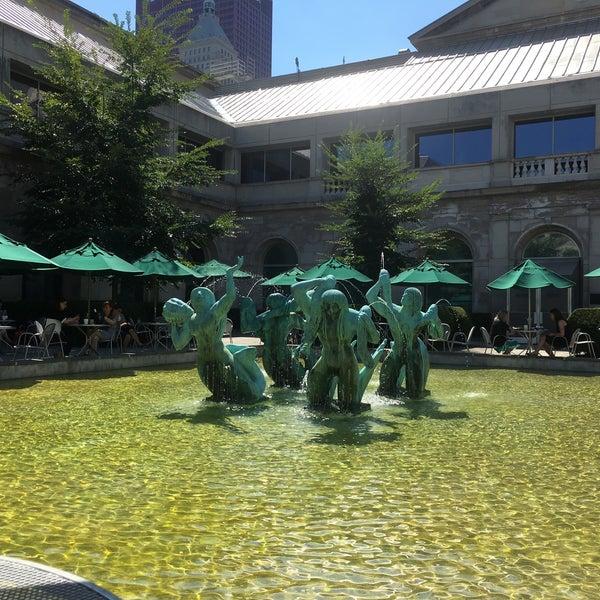 Photo taken at Sculpture Garden - Art Institute of Chicago by NIck S. on 8/8/2016