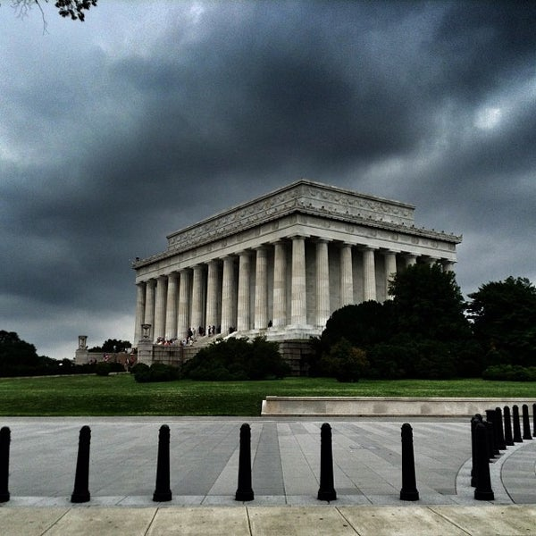 Photo taken at Washington, D.C. by Mario on 6/22/2013