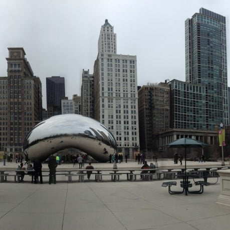 Photo taken at Cloud Gate by Anish Kapoor by Hana F. on 3/12/2013