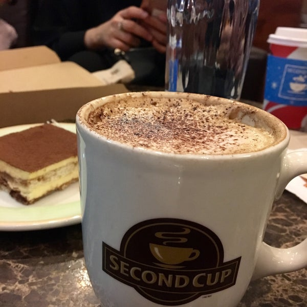 Photo taken at SECOND CUP by As✨ on 11/1/2016