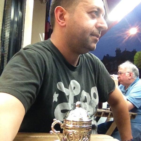 9/25/2014 tarihinde Fatih B.ziyaretçi tarafından Hala Restaurant'de çekilen fotoğraf