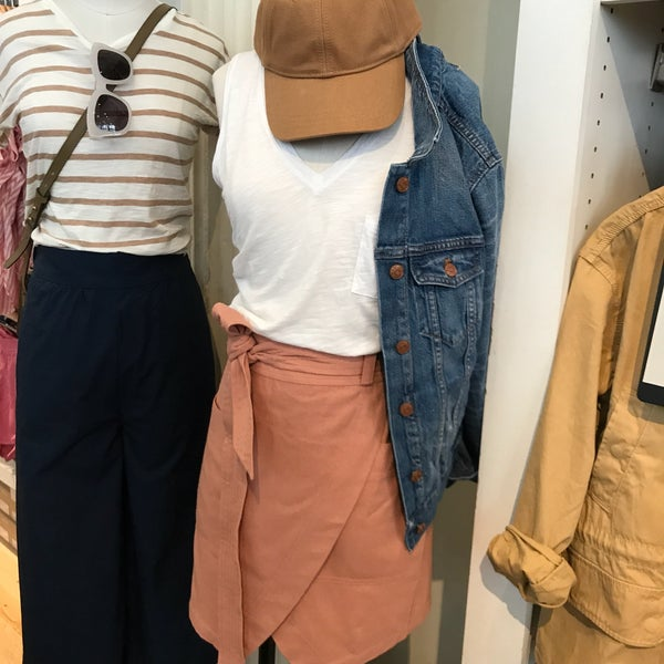 Photo taken at Madewell by Albert T. on 6/3/2017