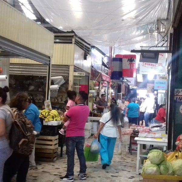 Foto diambil di Mercado Pino Suarez oleh Dra Peraza G. pada 1/8/2017