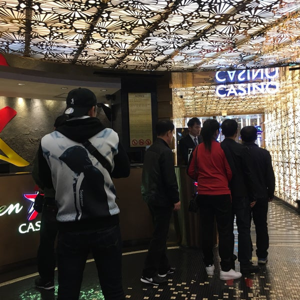 Photo taken at Seven Luck Casino by ちりげP on 11/3/2017