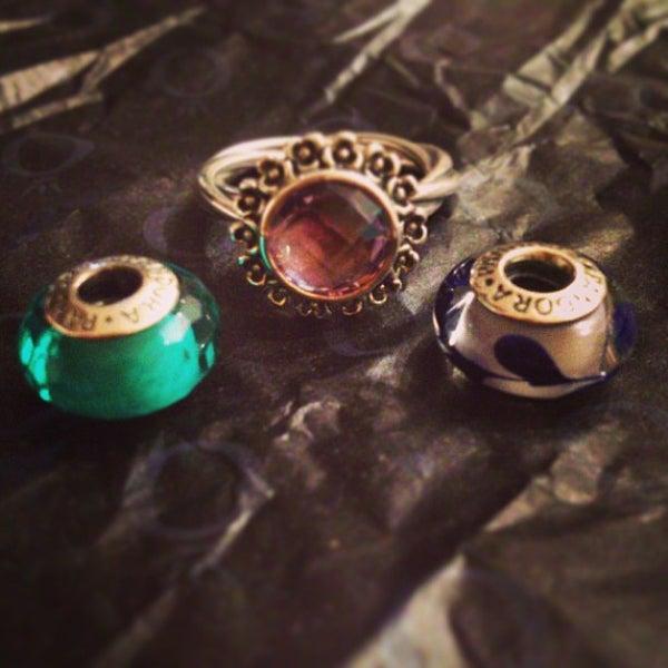 Pandora Jewelry Los Angeles: Jewelry Store In Piazza