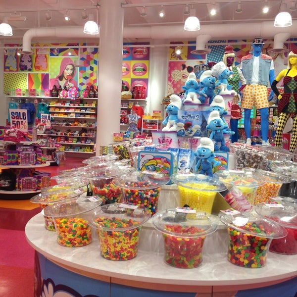 its sugar candy store franchise
