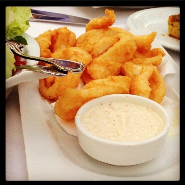 5/12/2013 tarihinde Derya O.ziyaretçi tarafından Foça Fish Gourmet'de çekilen fotoğraf