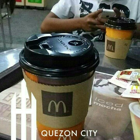 Photo taken at McDonald's by Renz P. on 4/26/2016