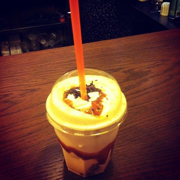 Foto tomada en Bertani Cafe por Benjamin B. el 8/31/2012