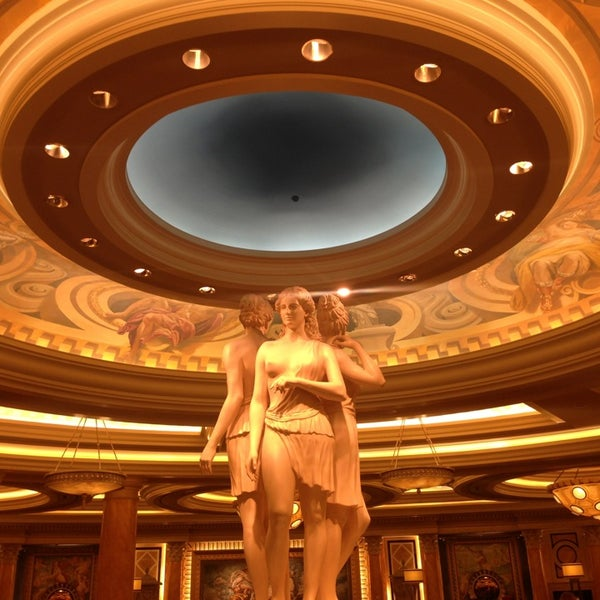 Photo taken at Caesars Palace Hotel & Casino by Andre M. on 3/9/2013