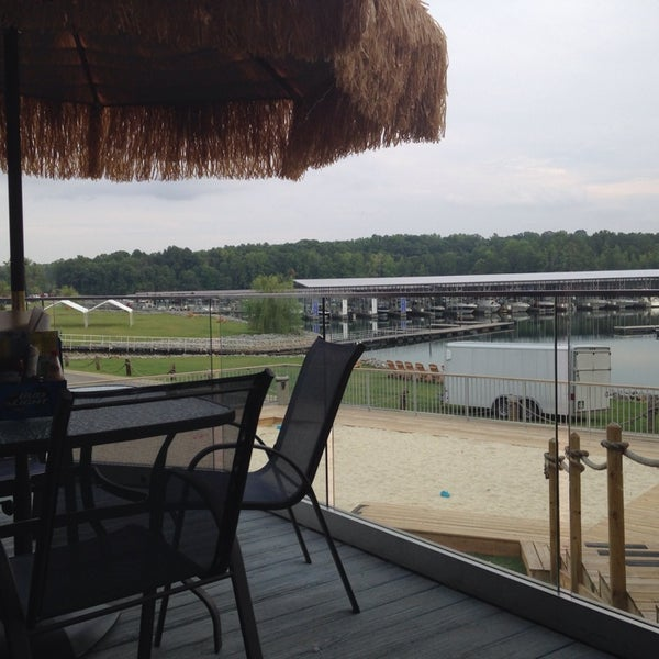 Photo taken at Fish Tales Lakeside Grille by Amy R. on 8/11/2014