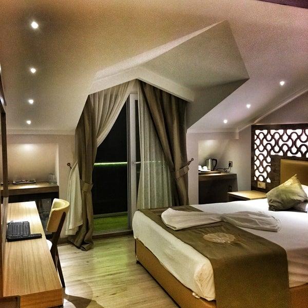 11/15/2017 tarihinde тімцг Dєиєяіziyaretçi tarafından Ünlüselek Hotel'de çekilen fotoğraf