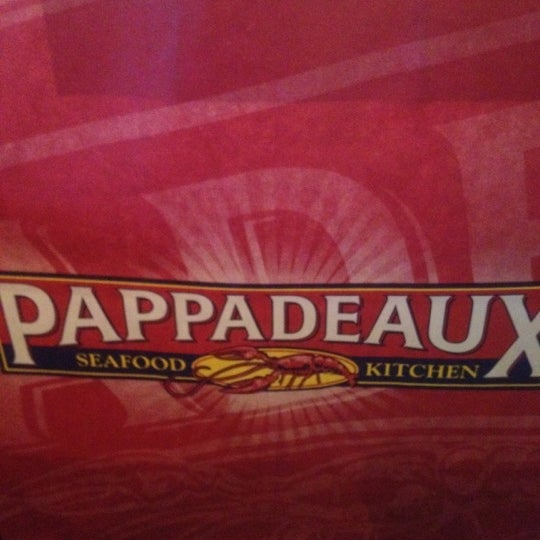 Photo taken at Pappadeaux Seafood Kitchen by Christina D. on 10/14/2012