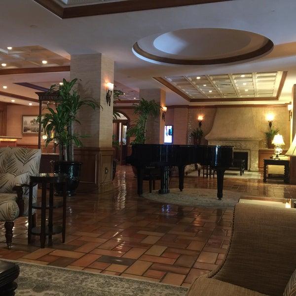 Photo taken at Riverside Hotel by dandhicks on 5/25/2016
