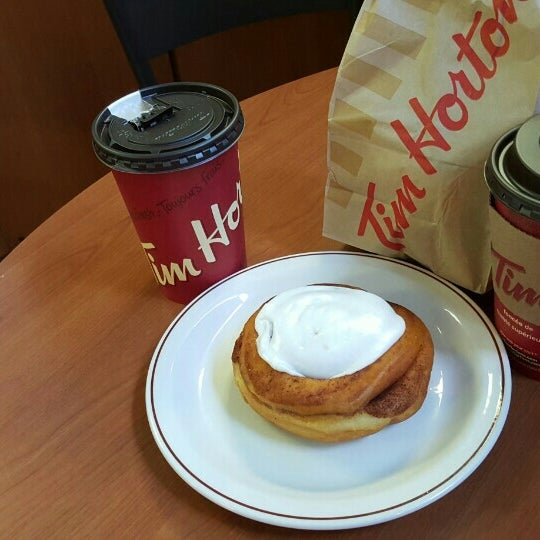 Photo taken at Tim Hortons by Miguel B. on 9/27/2015