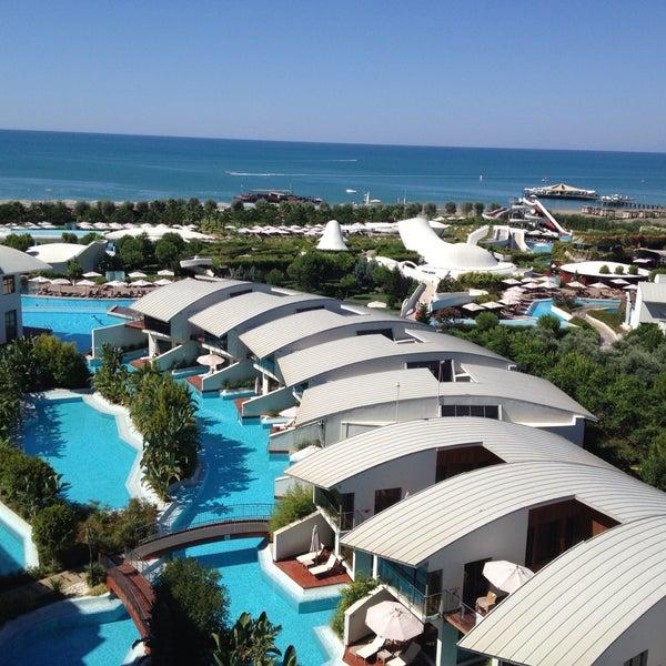 7/25/2013 tarihinde unlimited holidays t.ziyaretçi tarafından Cornelia Diamond Golf Resort & Spa'de çekilen fotoğraf
