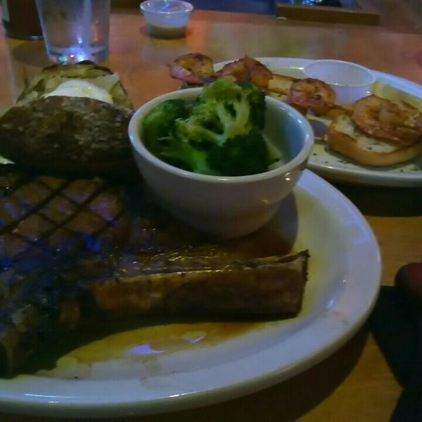 Photo taken at Texas Roadhouse by James N. on 7/28/2016