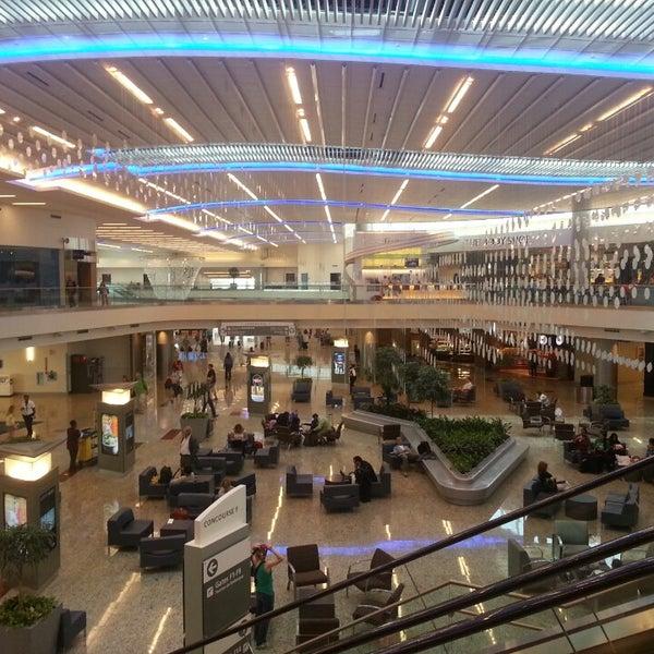 Photo taken at Hartsfield-Jackson Atlanta International Airport (ATL) by Jude L. on 7/24/2013