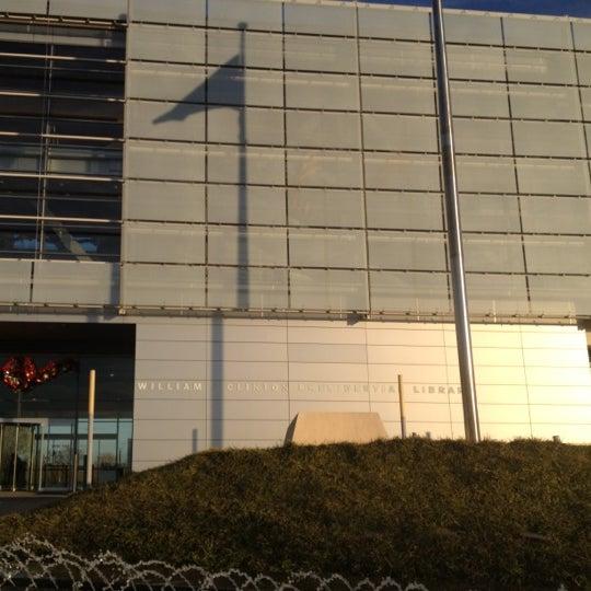 Foto tomada en William J. Clinton Presidential Center and Park por Jeremiah G. el 11/29/2012