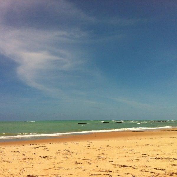 Foto tirada no(a) Praia da Garça Torta por Gabriela L. em 1/15/2013