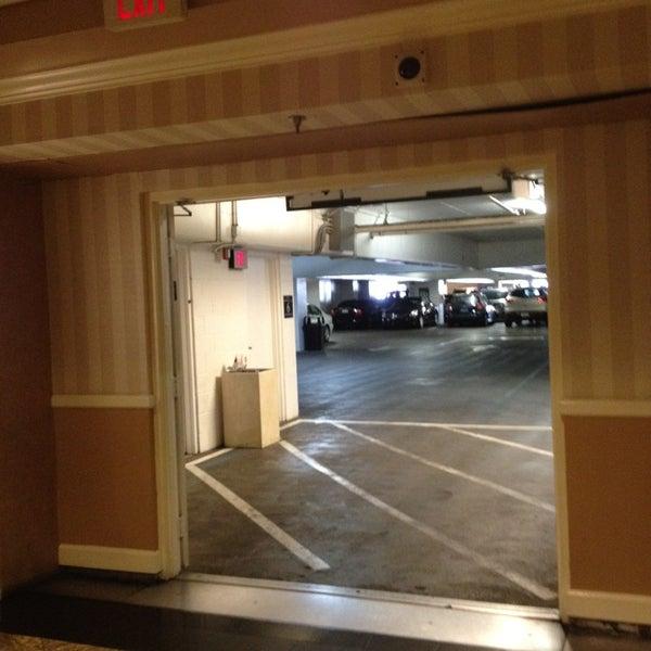Venetian Self Parking Garage Estacionamiento En Las Vegas