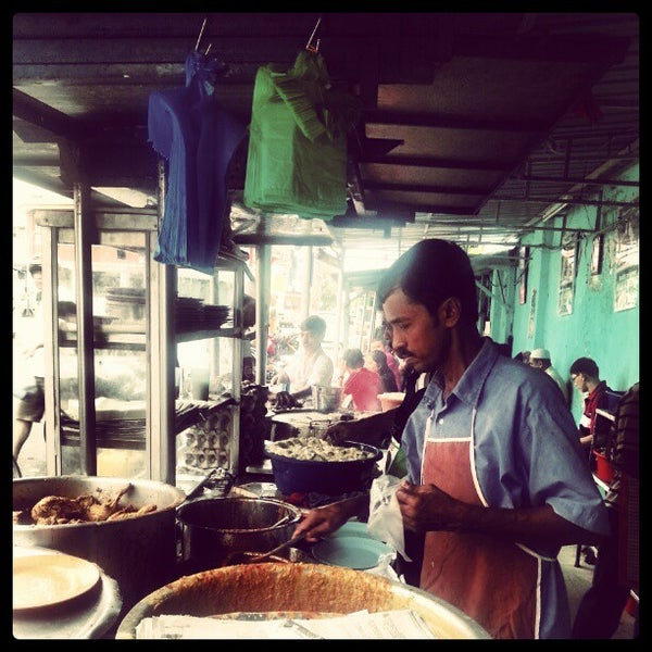 Photo taken at Roti Canai Transfer Rd. by Muhammad A. on 1/1/2013