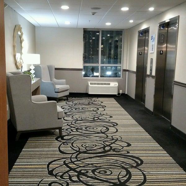 holiday inn express north hollywood burbank area mid. Black Bedroom Furniture Sets. Home Design Ideas