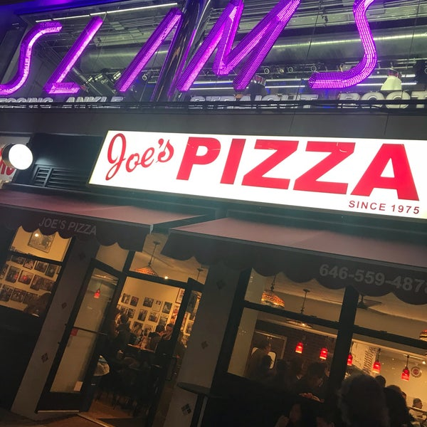 Foto tomada en Joe's Pizza por Jason M. el 10/27/2017