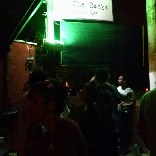 Foto tirada no(a) Blues On The Rocks por Manollo B. em 6/29/2014