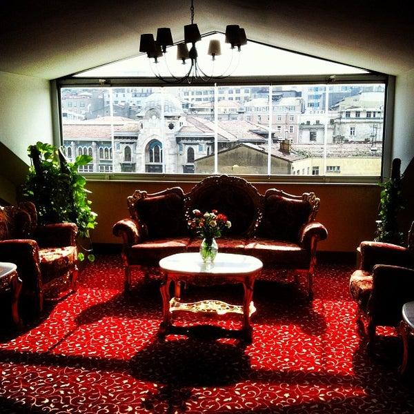 2/19/2013 tarihinde Efe Ü.ziyaretçi tarafından Legacy Ottoman Hotel'de çekilen fotoğraf