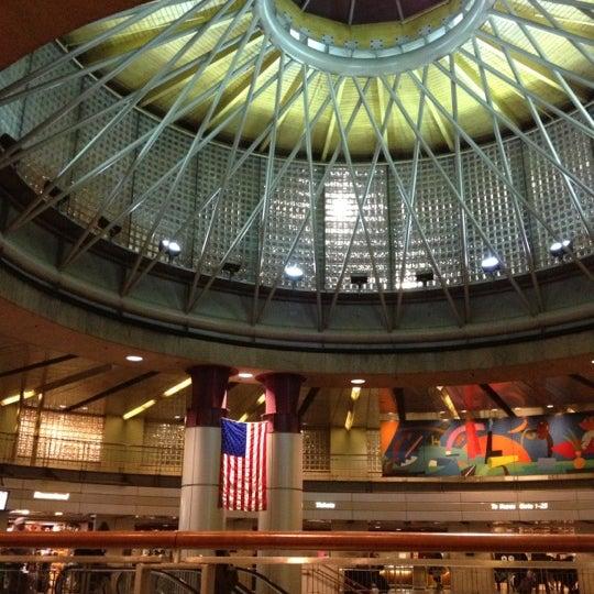 Photo taken at South Station Terminal (MBTA / Amtrak) by Kit C. on 11/16/2012