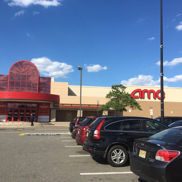 Photo taken at AMC Loews Brick Plaza 10 by Andy S. on 6/16/2017