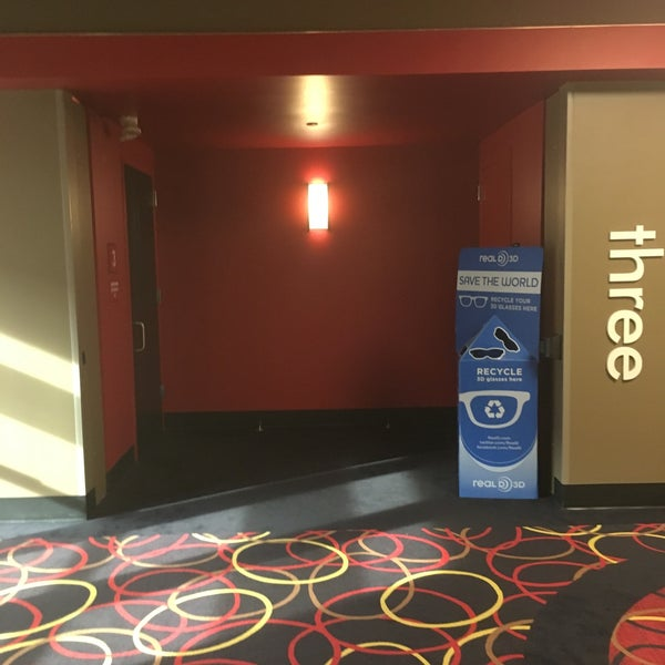 Photo taken at AMC Loews Brick Plaza 10 by Andy S. on 5/29/2017